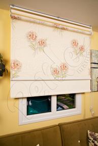 Çiftli Sistem Gül Desenli Tül ve Ekru Mat Polyester Stor Perde