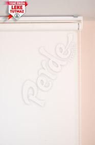 Leke Tutmaz Beyaz Mat Polyester Stor Perde