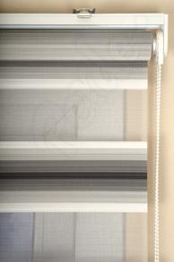 Siyah - Beyaz Renk Geçişli Plise Zebra Perde