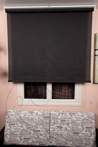 Siyah Screen Stor Perde